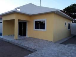 Casa 2 quartos sala e cozinha americana a 600 metros da praia do amor 98899-7067