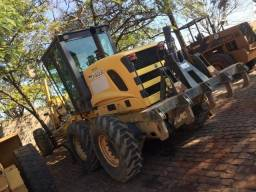 Vende-se Motoniveladora New Holland RG140B - Ano: 2007