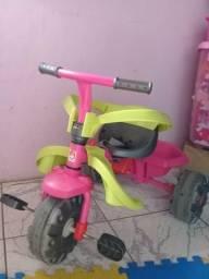 Vendo Triciclo Bandeirante