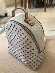 Vendo linda mochila da Chenson