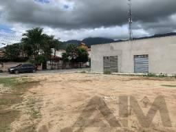 Salão Comercial com Amplo Terreno no Parque Santa Fé em Maranguape/CE