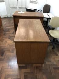 Mesas de escritório antigas