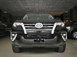 Toyota Hilux SW4 SRX 4x4 2.8 4x4 Diesel. Preto 2018/2019 - 2019