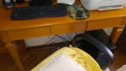 Aparador/escrivaninha em madeira