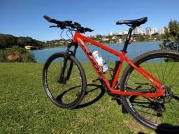Bike MTB aro 29, Shimano alívio, suspensão suntour, Quadro 17