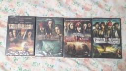 Box 4 Filmes Piratas do Caribe, lacrados. R$60,00