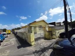 Casa comercial em Bairro Novo ótima localizacao