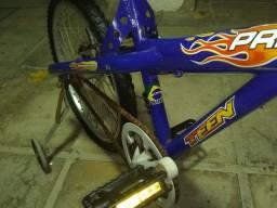 Bicicleta de aro 20 semi nova R$:250,00 para conversarmos!