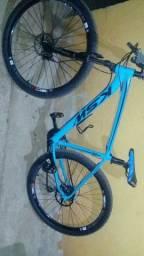 Troco por algo do meu interesse (valor 1800 da bike )