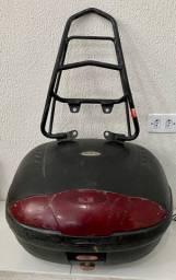 Bau GIVI para moto com bagageiro GIVI reforçado