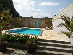 Casa com piscina no Júlia Seffer!