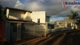 Excelente Opção! Casa com 04 Quartos 02 Suítes - Brasília - DF - Arniqueiras