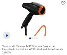 Secador Taiff Titanium Colors