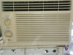 Vendo AR condicionado de janela