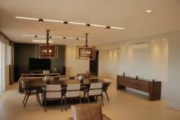 Vendo apartamento mobiliado no Edifício Forest Hill com 441 m2 privativo 5 suítes