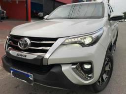 Toyota SW4 2.8 Tdi Srx Diamond 7l 4x4 FEIRÃO 06/01