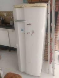 Geladeira RDE 30 Super Electrolux