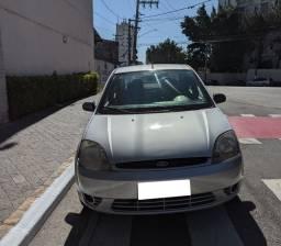 Fiesta 1.0 Sedan com Ar condicionado
