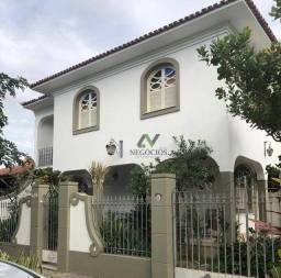Casa com 5 dormitórios à venda, 240 m² por R$ 750.000 - Parque Califórnia - Campos dos Goy