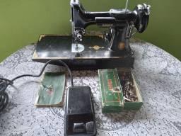 Máquina de costurar Singer americana