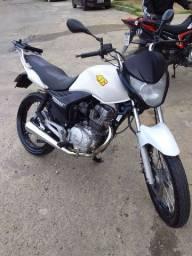 Vendo moto titan 150