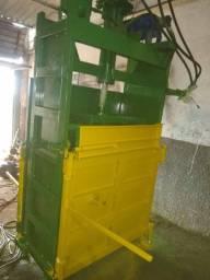 Prensa para reciclagem