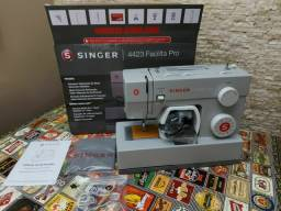 Singer  4423