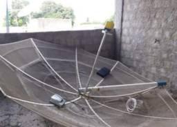 Vende-se uma antena parabólica Santa Rita 3,05 m completa
