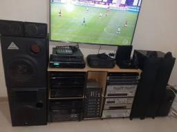 Diversos aparelhos de som