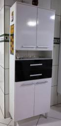Armário de Cozinha 4 pés, 4 portas e duas gavetas