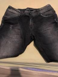 Calça jeans preta