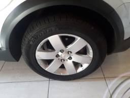 Jogo de roda com pneu aro 17 da captiva