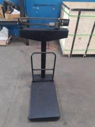 Balança usada capacidade até 290 quilos