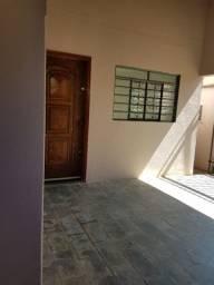 Casa rua Paraná Araçatuba 3 quadras da Santa Casa
