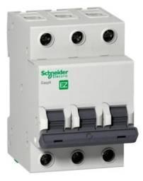 Disjuntor Tripolar Schneider - 10 A - Curva c