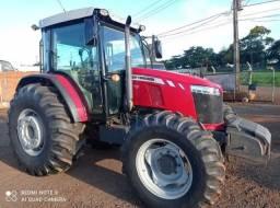 Trator Massey Ferguson 6713