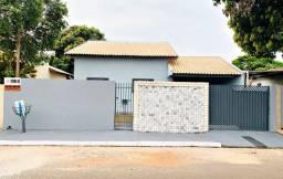 Vende-se casa de 03 dormitórios em Naviraí - MS