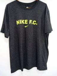 Camiseta da Nike Dry Fit malha elastano