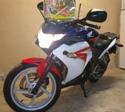 Honda CBR 250R Azul 2012 (IPVA 2021 Grátis)
