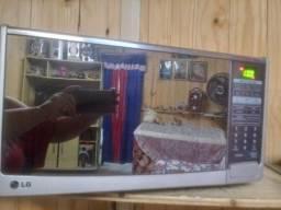 Microondas 30 litros espelhado 220v