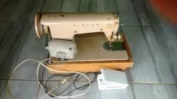 Máquina de costura completa