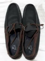 Par de Sapato Nº 42. Usado