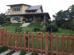 Casa com 5 quartos sendo 4 suítes - terreno com mil metros