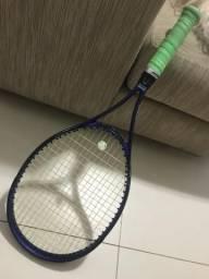 Raquete de tênis da Head bem conservada