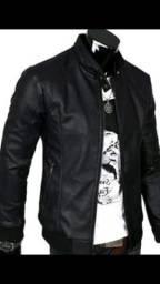 Vendo essa jaqueta 150 reais tamanho g entrego