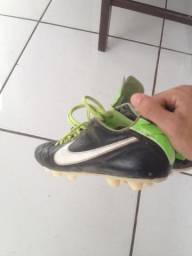 Chuteira Nike original 39