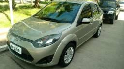 Fiesta sedan 2011 top!!! - 2011