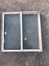 Tamanho 50 por 50 janela de vidro