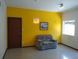 Apartamento 2/4 com ar cond e armário de cozinha - Ipitanga