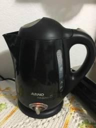 Chaleira Elétrica com seletor de temperatura - Arno